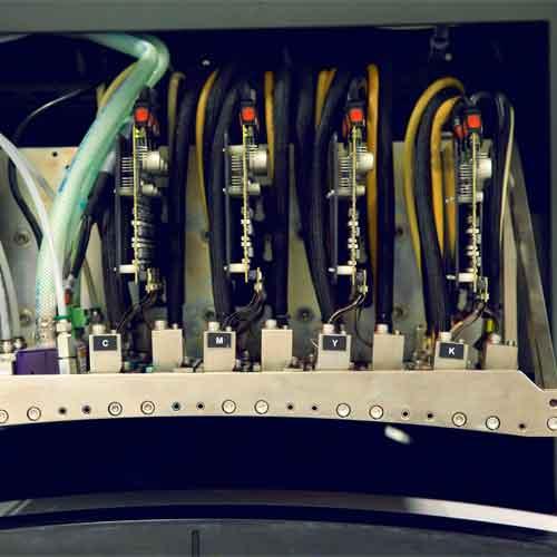 CMYK-printerverket i EFI, Norges eneste digitale maskin med laserutstansing.